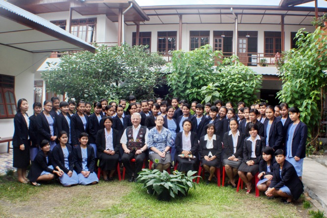 Students and staff of the HKBP Deaconess School for the year 2012-2013