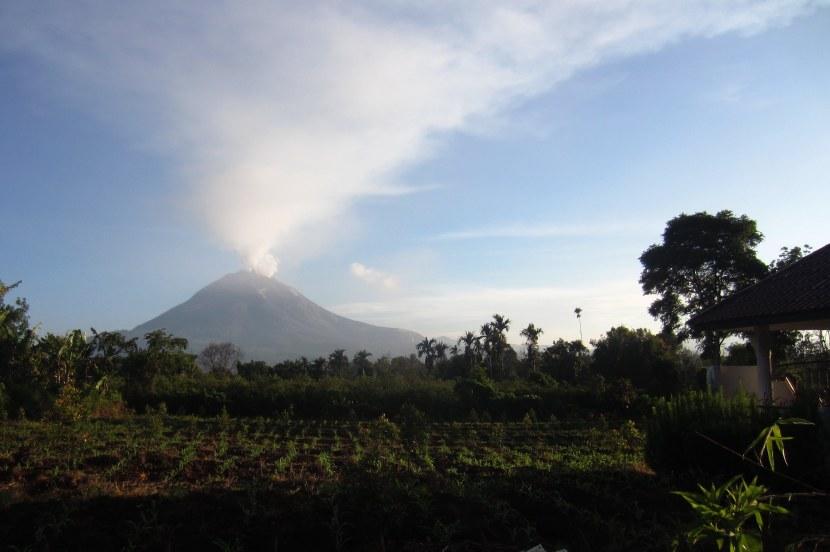 Mt. Sinabung volcano eruptingagain