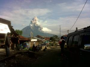 sinabung eruption