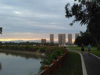 QingLong Lake walking trail, near the Chengdu University Campus